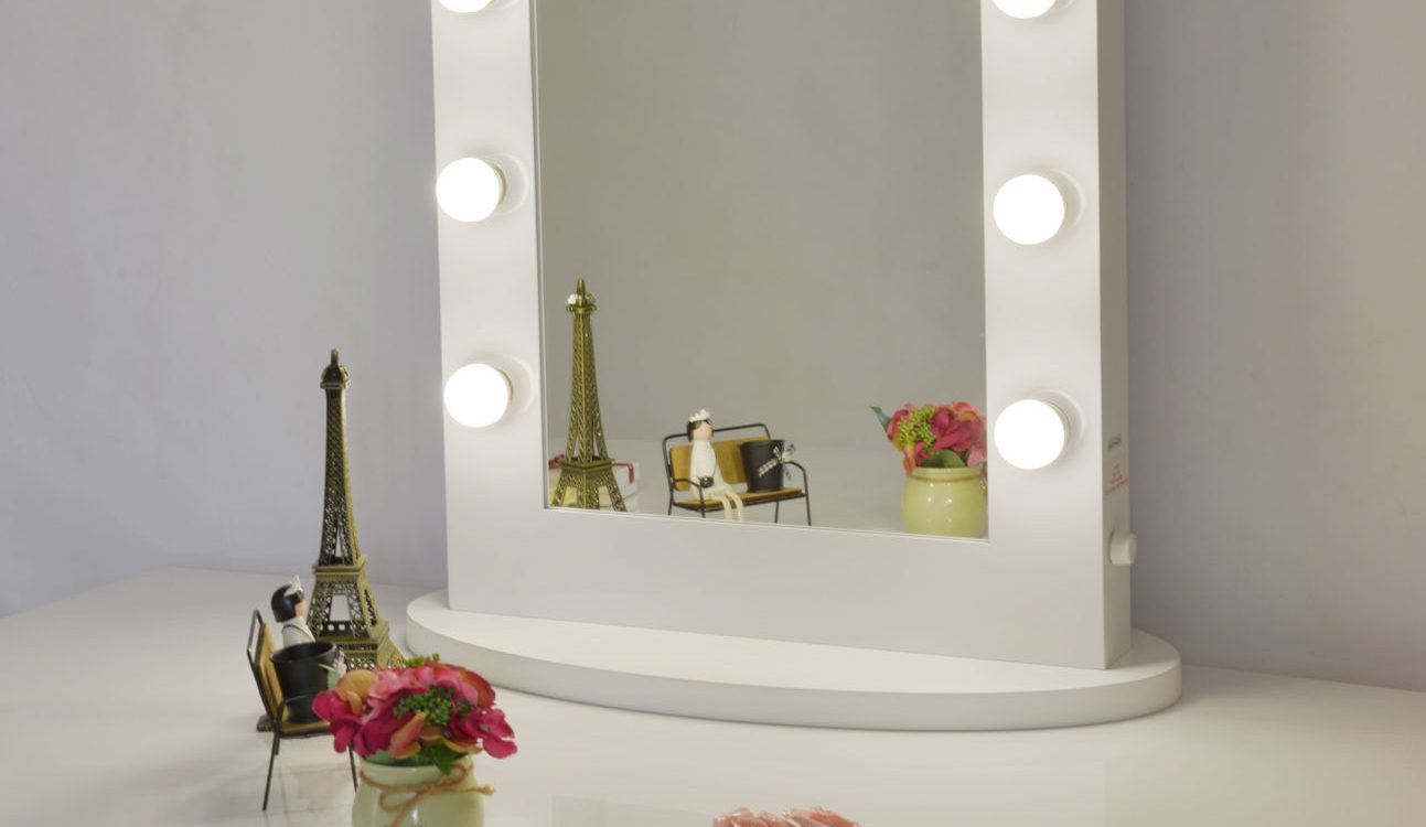 2018 S Best Lighted Makeup Mirrors