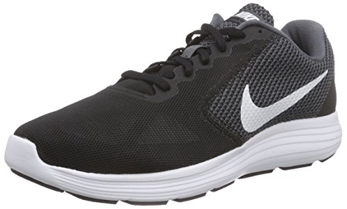 Nike Revolution 3 Review 2018 (Experts Tested) - 16best.net